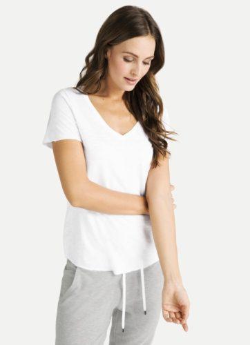 Juvia - T-Shirt mit V-Ausschnitt